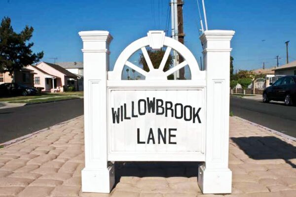 Though it is often lumped with Watts and Compton, Willowbrook prides itself in its distinct personality. Photo courtesy of LA County Arts Commission.