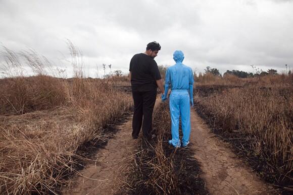 """""""El fantasma amigable,"""" 2012, photograph, Ciudad de Guatemala (2012).   Courtesy of the artist."""