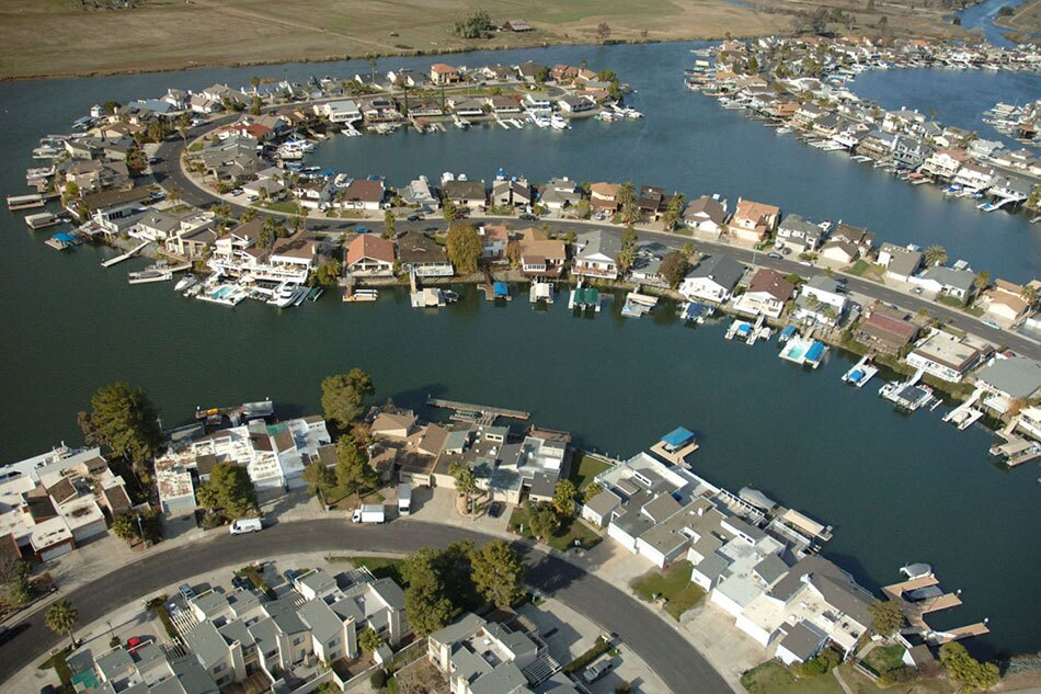 Newer Homes and Businesses along the Delta