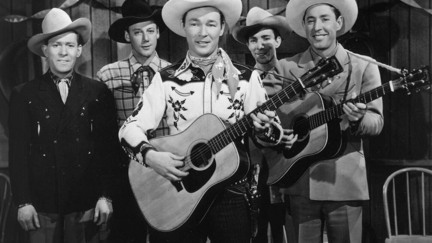Sons of Pioneers (left to right): Tim Spencer, Bob Nolan, Roy Rogers, Ken Carson and Karl Farr (1946). | Courtesy of the Terry Sevigny Scott Collection.
