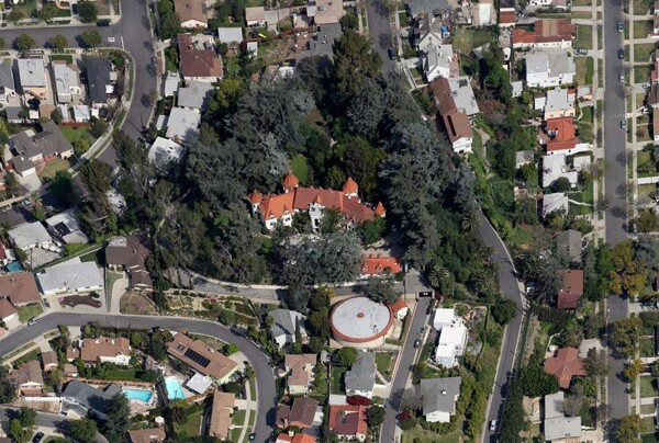 Aerial view of the ''castle'' | Google Maps