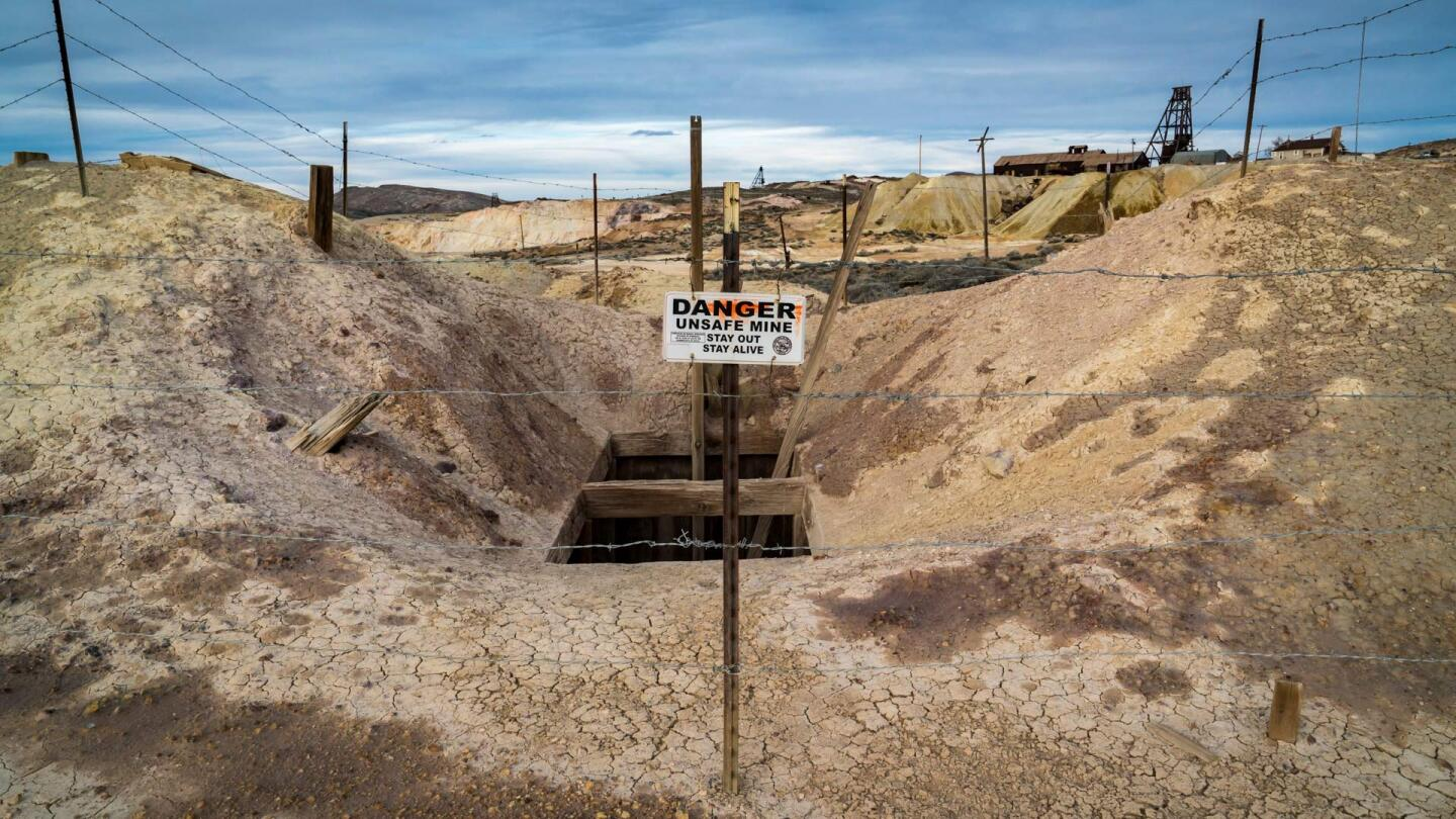 An abandoned mine in Goldfield, Nevada. | Kim Stringfellow.