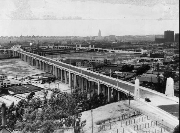 Sixth Street Viaduct a few years after opening in 1932. Bridges linked residential growth that expanded beyond the east side of the Los Angeles River I USC Libraries Special Collections