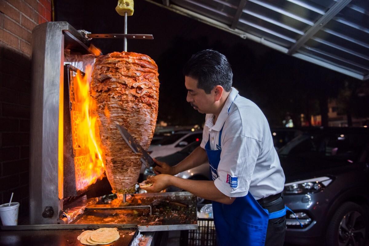 A pastorero at Vilsito, a taquería in Mexico City | Ana Tello/Eat Mexico