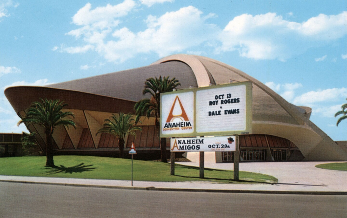 An early color photo of the arena. Courtesy of the Orange County Archives.