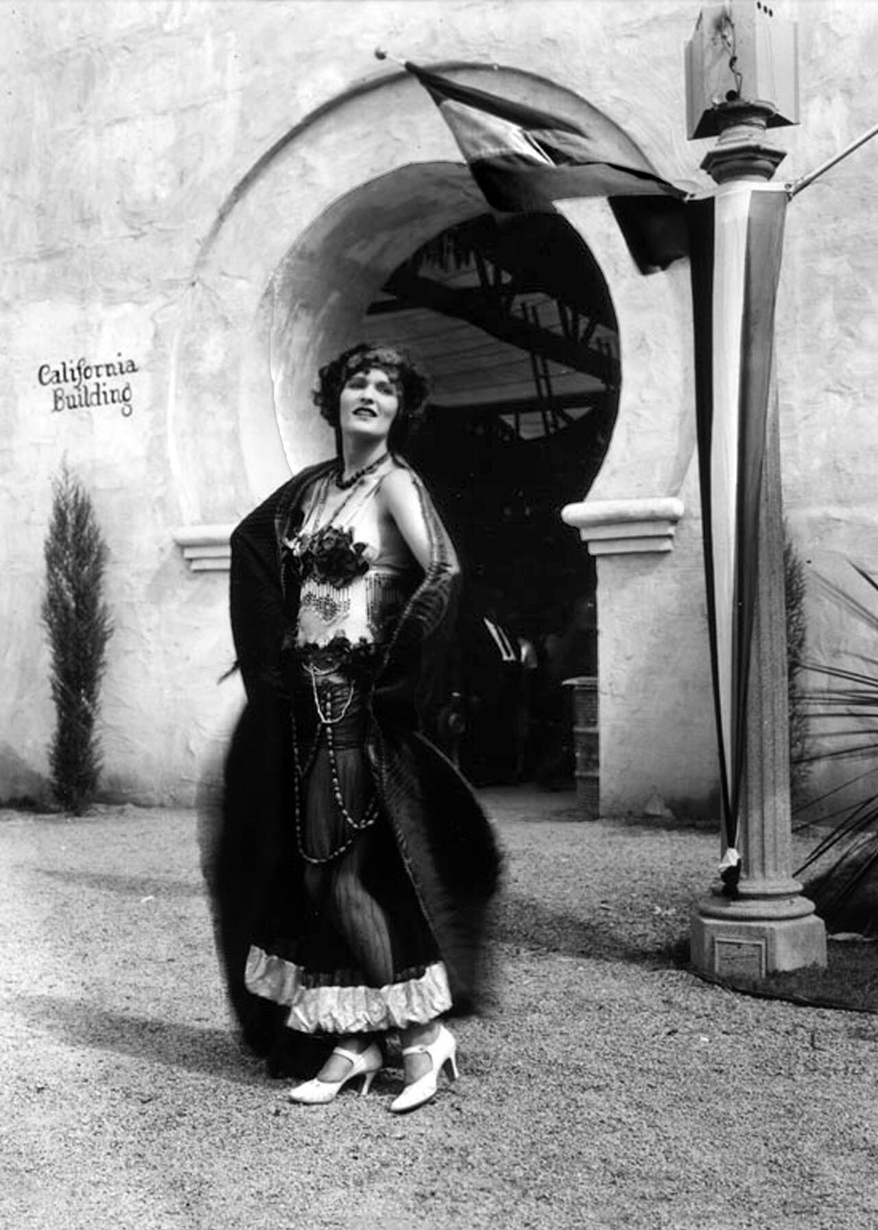 """Orientalism. The fair's image was an Arabian Nights fantasy of """"flaming flappers"""" in skimpy costumes. Photograph courtesy of Security Pacific National Bank Collection, Los Angeles Public Library"""
