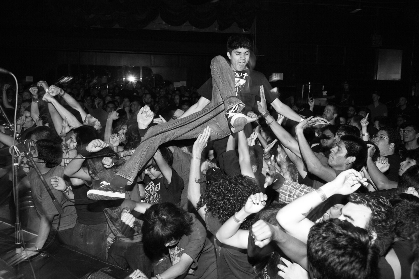 Gregory Bojorquez, Rocking Out At The Roxy, Sunset Strip, 2010, archival pigment print . Courtesy of the artist.