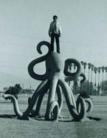 Historical photo of the octopus play sculpture at Legg Lake | Photo courtesy of Friends of La Laguna