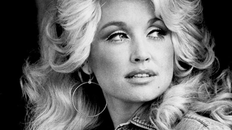 Dolly Parton publicity shot. Circa 1977 | Wikimedia Commons/RCA Records