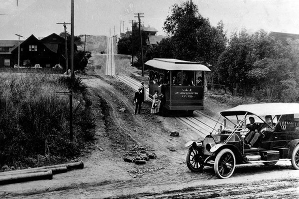 The Mount Washington Incline Railway on opening day, 1909. Courtesy of the Los Angeles Public Library Photograph Collection.