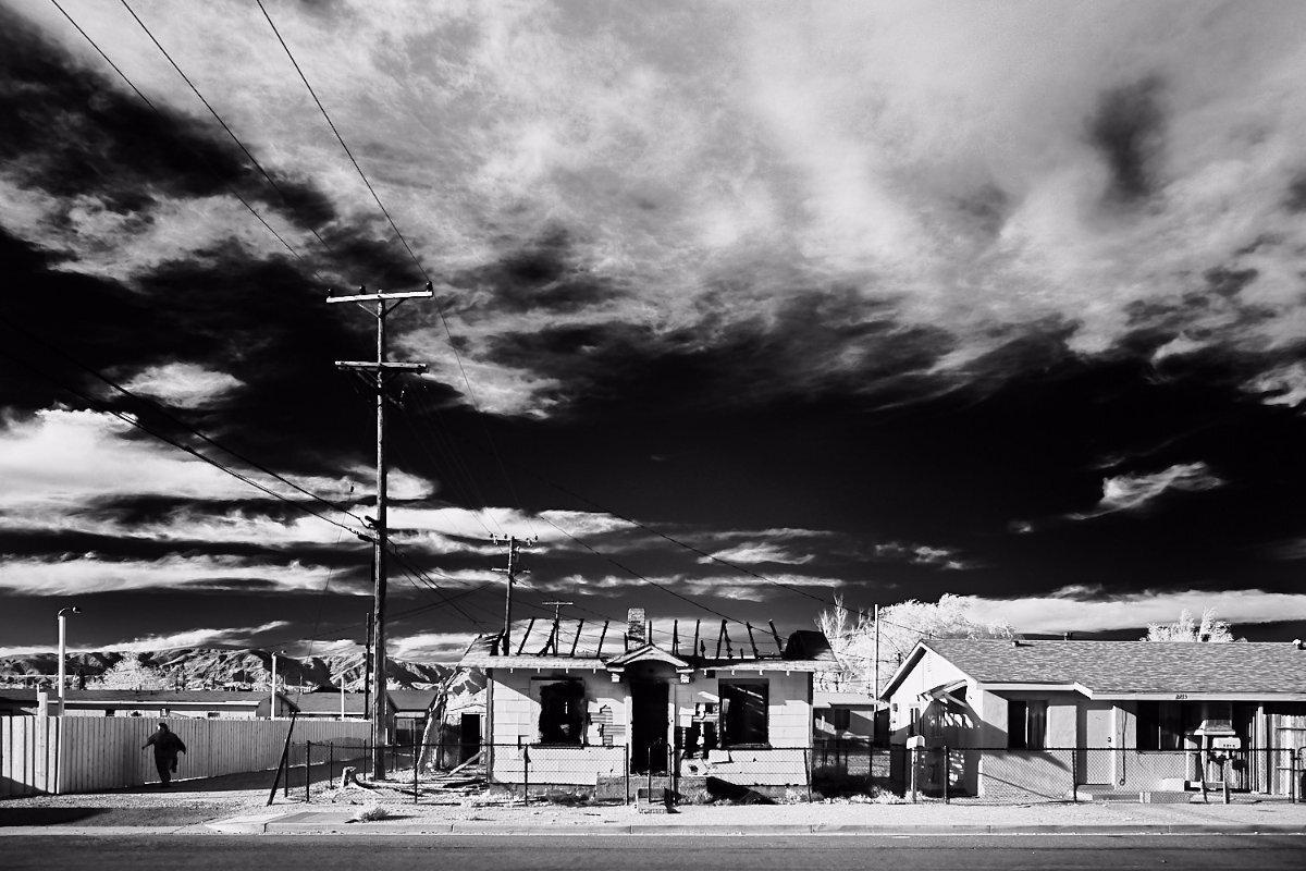 Charred House on Trinity Street No.1 – Mojave, CA – 2016 | Osceola Refetoff