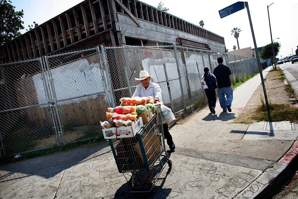 fruit_cart.jpg