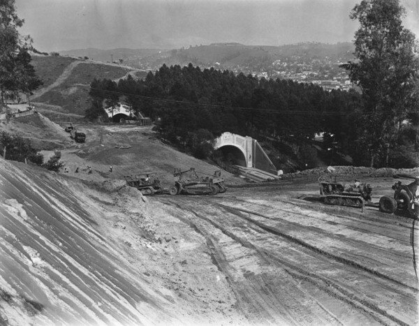 A 1941 view of the southbound Arroyo Seco Parkway under construction. Courtesy of the Herald-Examiner Collection - Los Angeles Public Library.