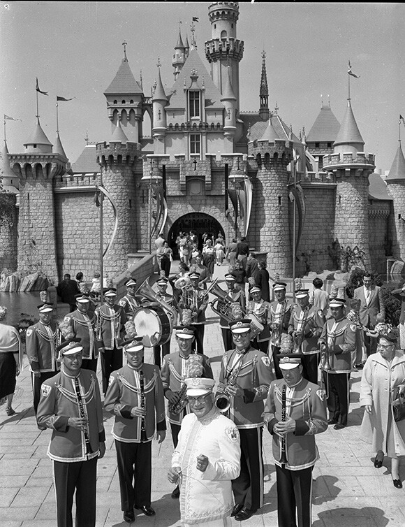 Disneyland Band castle performance in the 1950s. | Photo: Courtesy Disneyland Resort Archives.