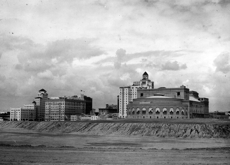 An unfilled Rainbow Lagoon surrounds the Long Beach Municipal Auditorium, circa 1931. Courtesy of the Photo Collection - Los Angeles Public Library.