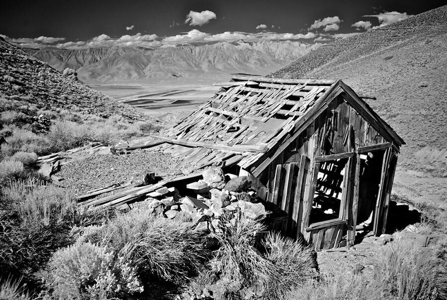 Falling Down House on the Hill - Infrared Exposure - Cerro Gordo, CA - 2014 | Photo: Osceola Refetoff