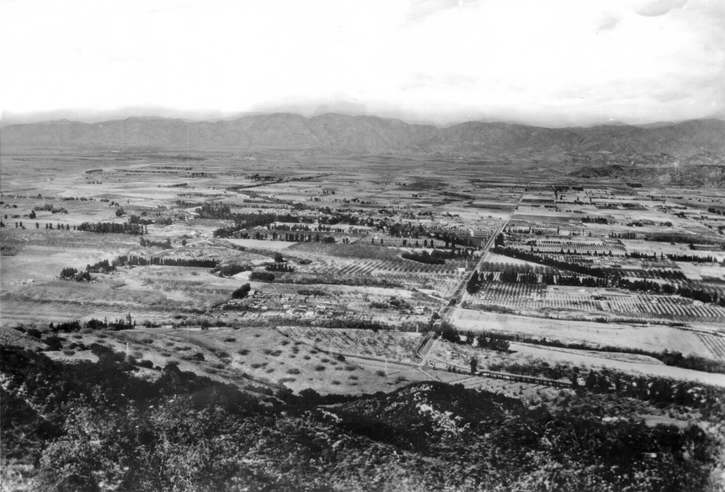 View of North Hollywood and the San Fernando Valley from the Santa Monica Mountains, 1909. Courtesy of the USC Libraries - California Historical Society Collection.