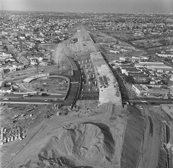 The Santa Monica Freeway under construction at La Cienega and Venice boulevards, 1964. Courtesy of the Los Angeles Times Photographic Archive. Department of Special Collections, Charles E. Young Research Library, UCLA.