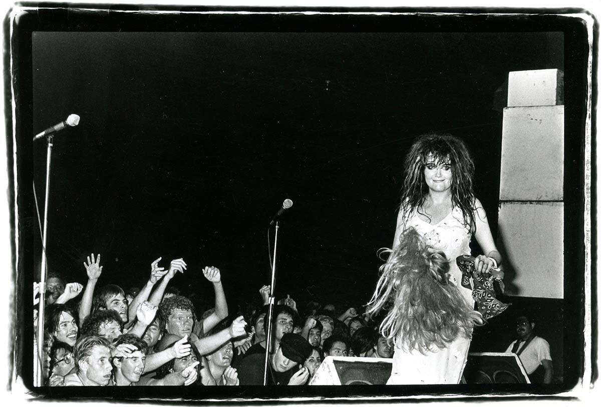 Exene Cervenka of X in concert in Los Angeles | Gary Leonard