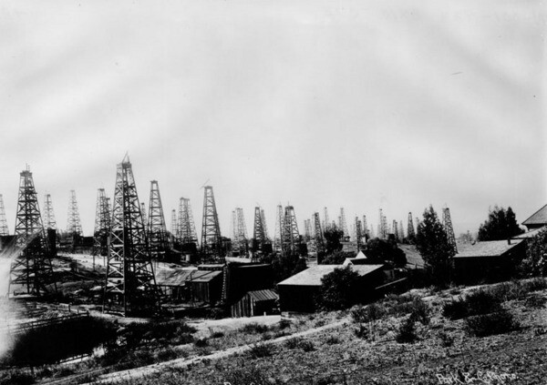 Oil Fields at Miramar and Bonnie Brae ca. 1900. Courtesy of Los Angeles Public Library