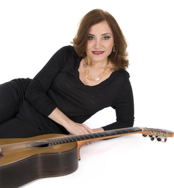 Paraguayan guitarist Berta Rojas performs Sept. 8 at La Guitarra California Festival.   Courtesy of California La Guitarra Festival