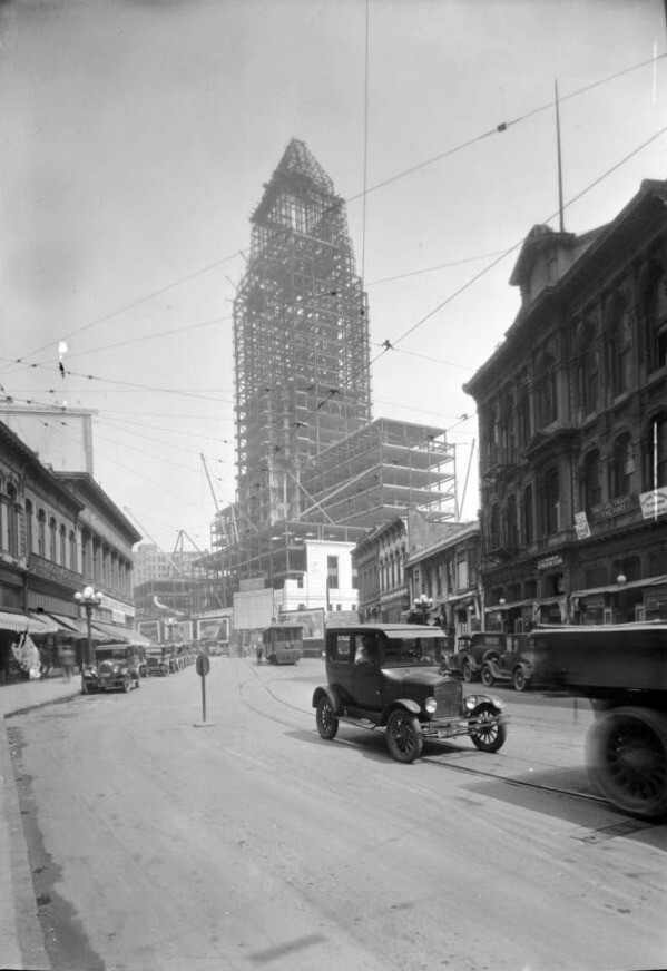 Beneath the white facade of the Los Angeles City Hall is a skeleton of steel. Circa 1927 photo courtesy of the USC Libraries - California Historical Society Collection.