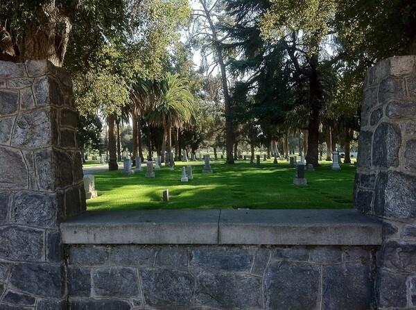 33 - Live Oak Memorial Park.JPG