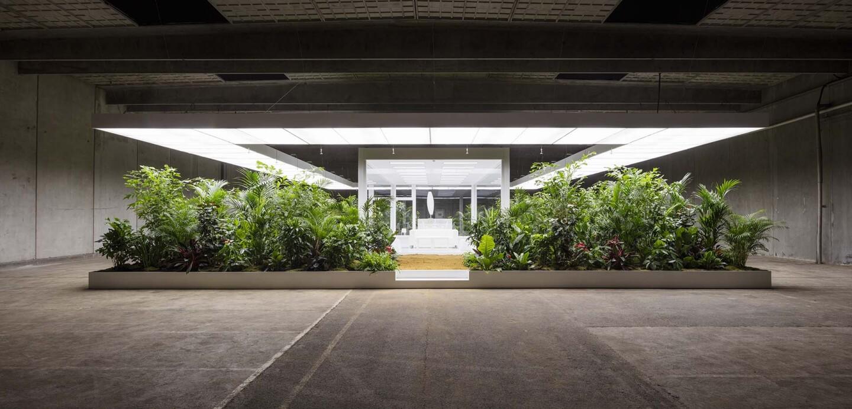 Installation view of Doug Aitken, The Garden, 2017. Courtesy the artist and ARoS Aarhus Kunstmuseum. | Anders Sune Berg