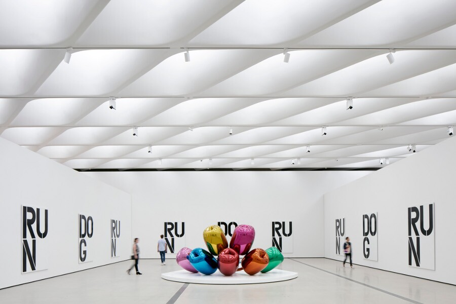 Installation of works by Christopher Wool and Jeff Koons in The Broad's third-floor galleries. | Photo: Bruce Damonte, courtesy of The Broad and Diller Scofidio + Renfro.