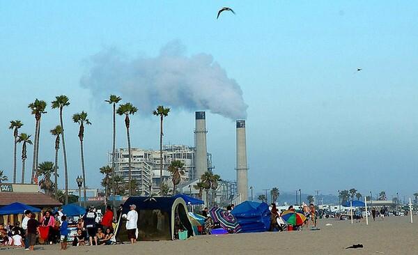 huntiongton-beach-gas-plant-9-4-14-thumb-600x366-80075