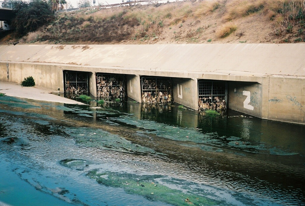 Trash in the LA River