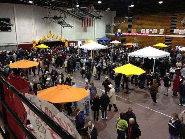 The Chapman University gymnasium, full of Huell Howser fans and many of the businessowners whom Howser interviewed on his show.