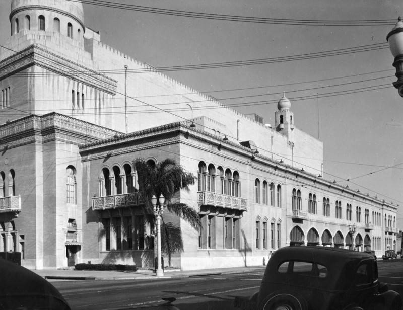 Shrine Civic Auditorium exterior, 1939 | Works Progress Administration Collection, Los Angeles Public Library