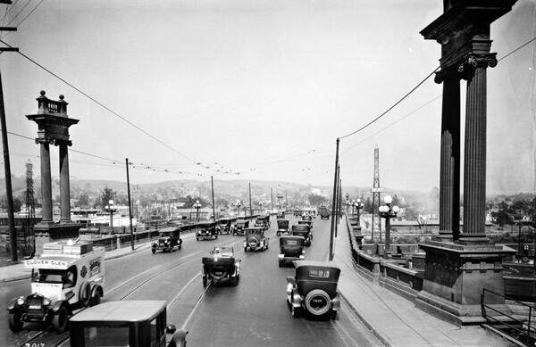 Circa 1924 view of the Buena Vista (North Broadway) Bridge over the Los Angeles River. Courtesy of the Title Insurance and Trust / C.C. Pierce Photography Collection, USC Libraries.