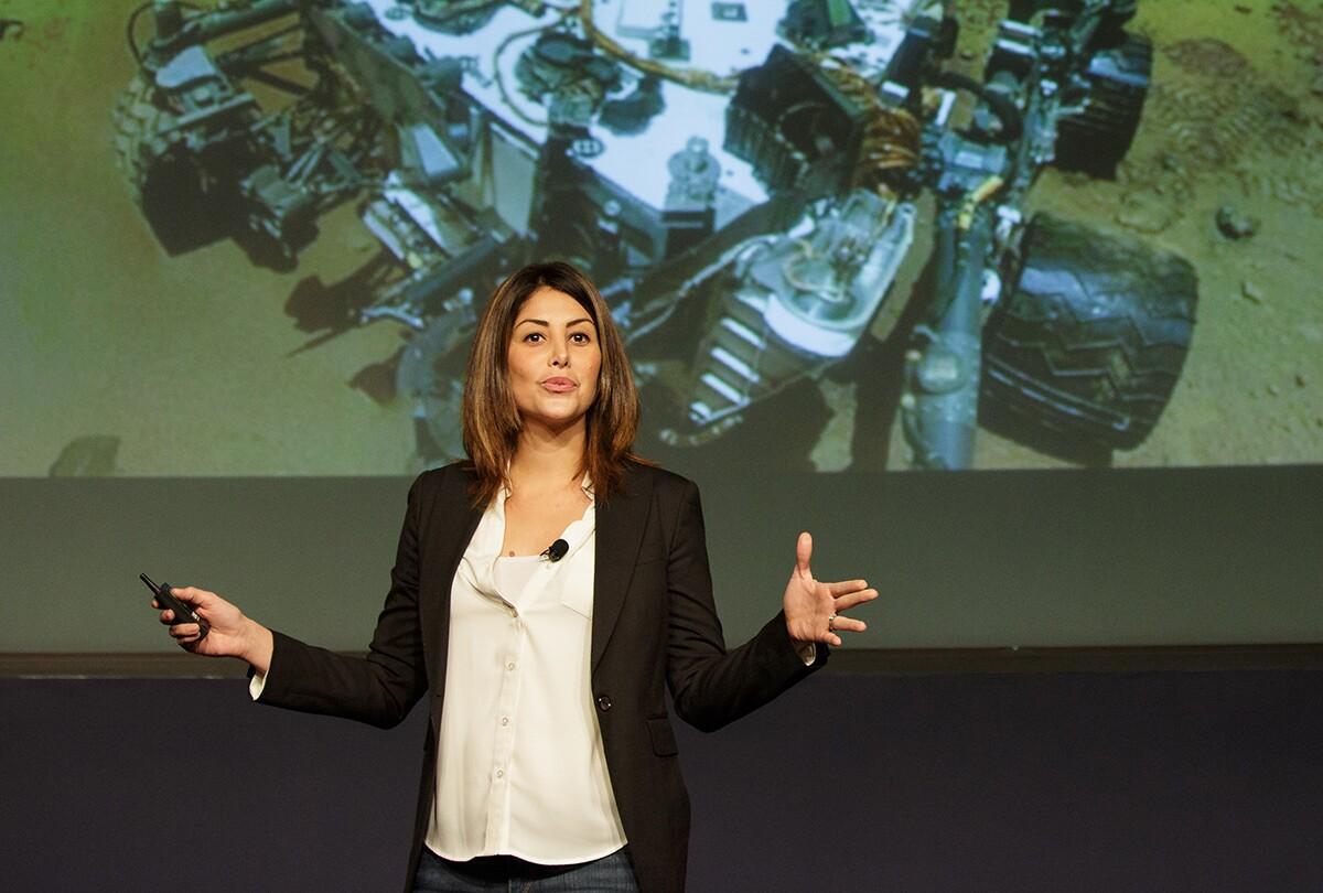 Diana Trujillo speaks during the Aspira con NASA/Aspire with NASA Hispanic Heritage Month event on Tuesday, Oct. 4, 2016 at NASA Headquarters in Washington | Flickr/NASA HQ PHOTO/Creative Commons (CC BY-NC-ND 2.0)