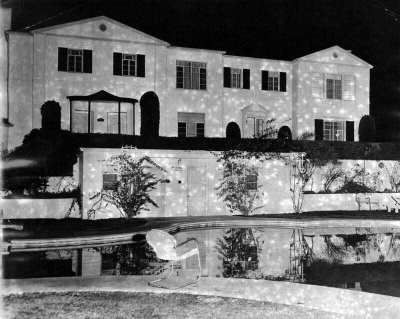 Sunset Plaza Apartments c. 1949