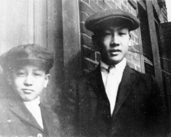 Phillip and Andrew Lum, Chinese American residents and brothers, pose for the camera in 1910. | Courtesy of the Los Angeles Public Library