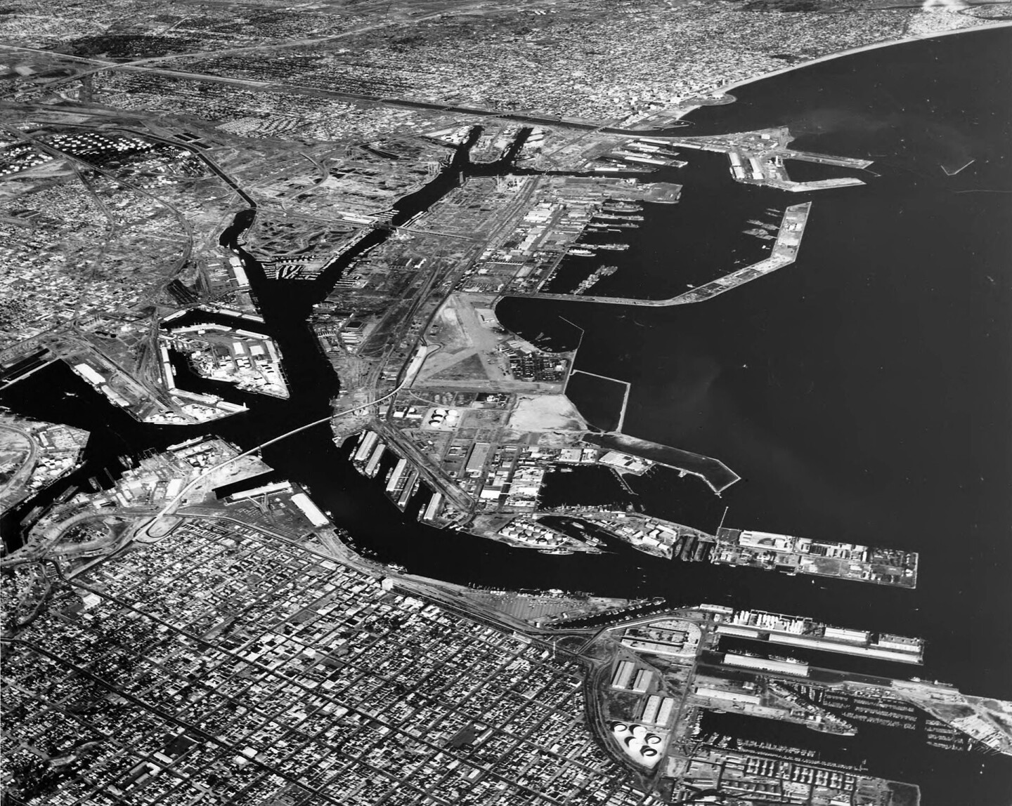 Aerial view of the twin ports of Los Angeles and Long Beach in 1964. Courtesy of the Dick Whittington Photography Collection, USC Libraries.