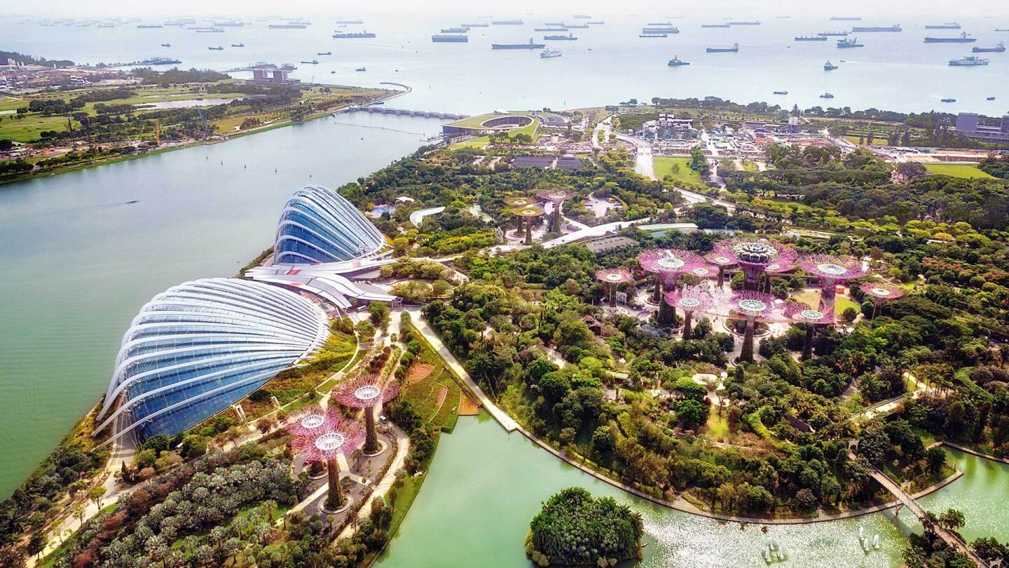 Gardens by the Bay, Singapore. (featured) | iStock/CharlieTong