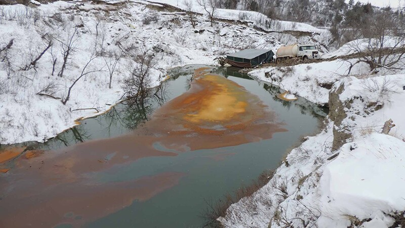 Spilled crude in Ash Coulee Creek in 2016 | Photo: ND Department of Health