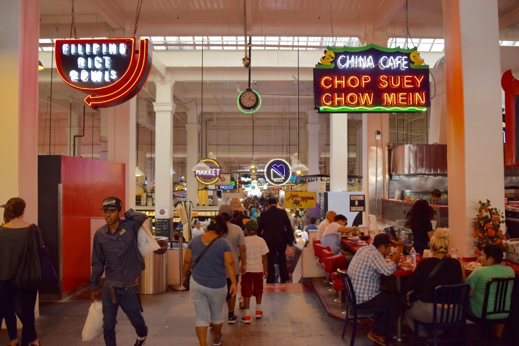 Grand Central Market main thoroughfare | Danny Jensen