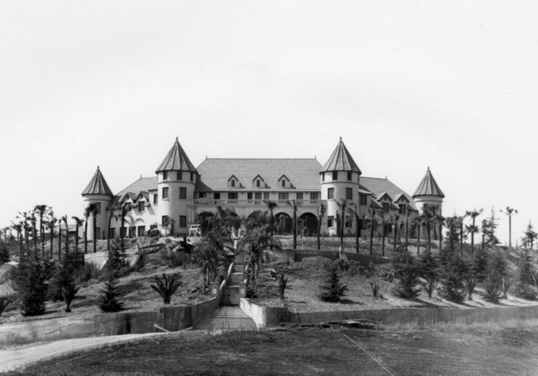 Sylvester Dupuy Residence in Alhambra | Security Pacific National Bank Collection courtesy of the Los Angeles Public Library