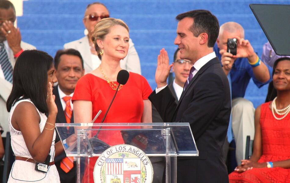 Mayor Eric Garcetti swearing in at his inauguration