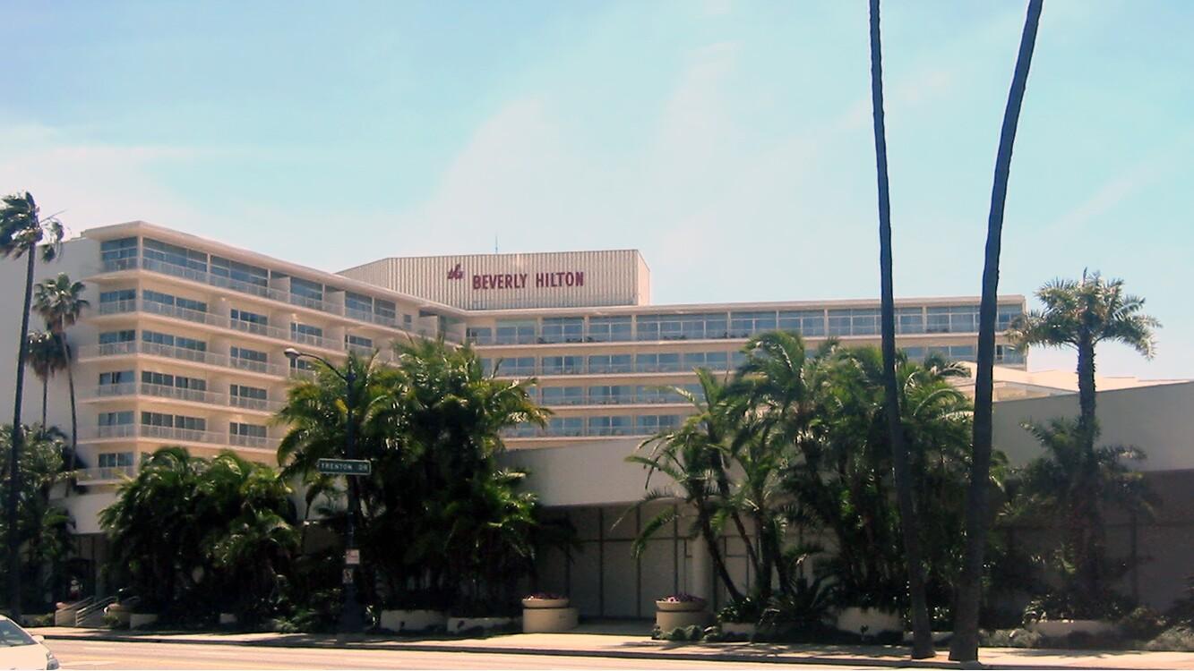 Beverly Hilton Hotel | photo by Minnaert