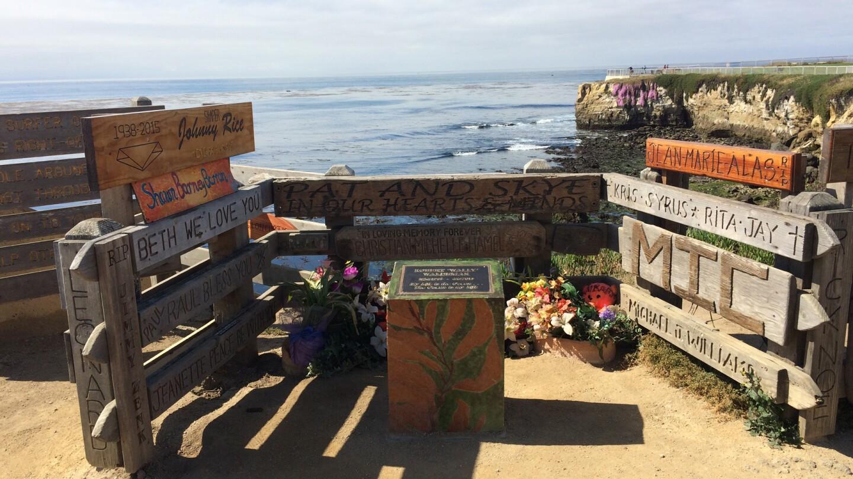 memorials steamer lane