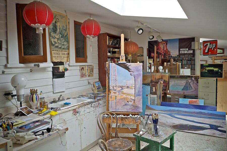 Patricia Chidlaw's studio in Santa Barbara takes full advantage of the ocean light through a skylight. | Photo: Osceola Refetoff