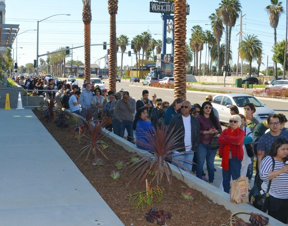 Lines going down Beach Blvd on the opening of Porto's Buena Park | Courtesy of Porto's