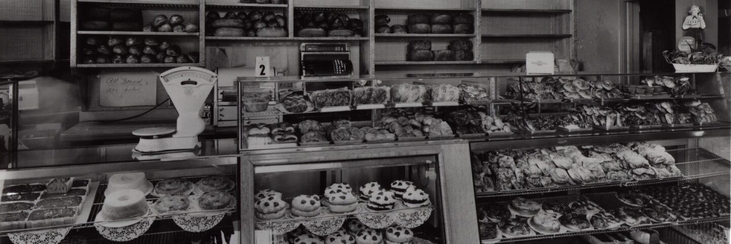 Canter's bakery section | Courtesy of Canter's MKs3