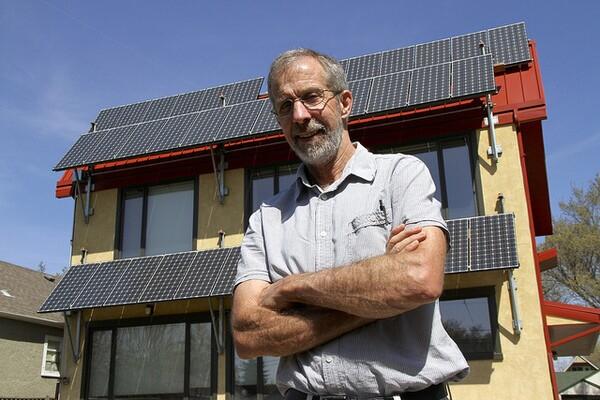 energy-efficiency-and-solar-9-4-14-thumb-600x400-80099