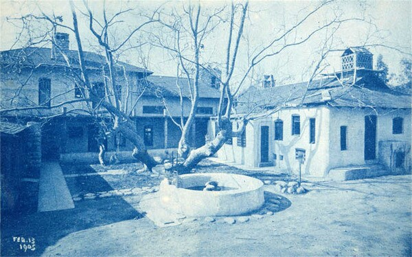 Charles Fletcher Lummis built his residence, El Alisal, around an ancient sycamore tree. Object ID P.35676. theautry.org